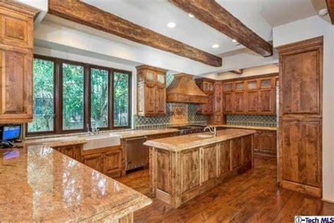 Miley Cyrus' family home hits the market