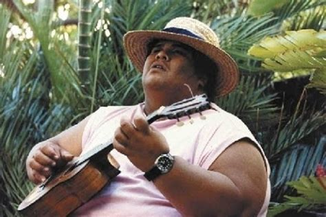 10 Famous Ukulele Players You Should Know - Great